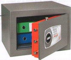 Technomax DPE 5 kluis